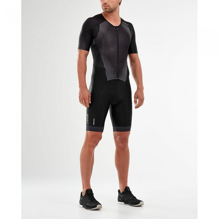[해외]2XU Perform Full Zip Short Sleeve Trisuit 6138230959 Black / Shadow
